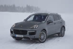 Porsche Cayenne S 2016 Porsche Cayenne Reviews And Rating Motor Trend
