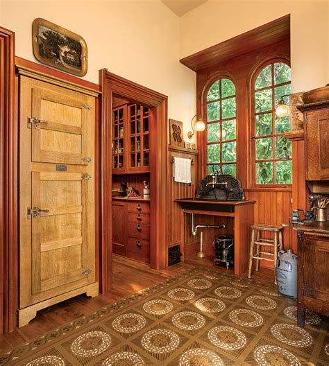 Freistehende Pantry by A Period Kitchen House