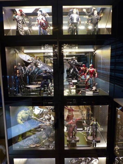 toys display cabinet toys and sideshow collectibles display action figure