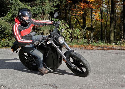 Motorrad Gabel Vibriert by Brammo Enertia Testbericht