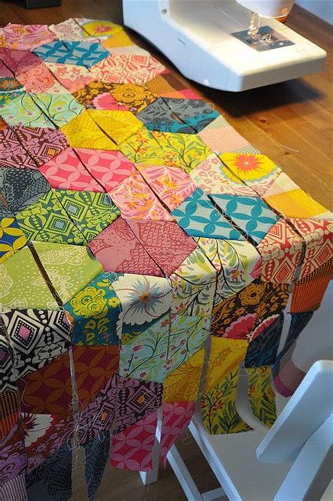 half hexagon quilt template half hexagons quilt by batixa via flickr i knew some