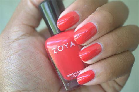 Mascara Zoya zoya demetria nail clumps of mascara