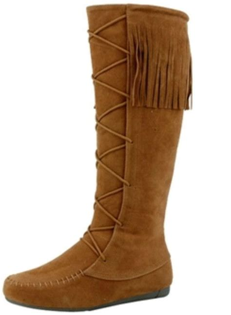 moccasin boots 25 best ideas about moccasins knee high on