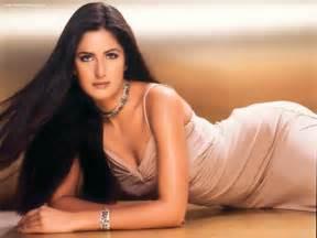 Sexy actress from india katrina kaif pics hot gallery