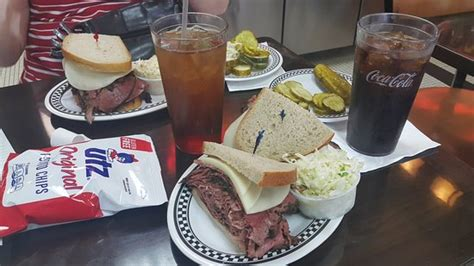 Kibitz Room Cherry Hill Nj by Kibitz Room American Restaurant 100 Springdale Rd In