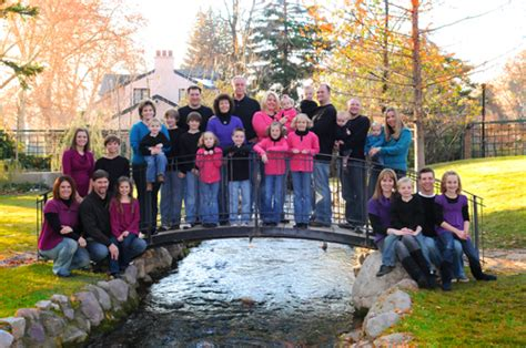 family photo color ideas color coordinated family picture photo ideas pinterest