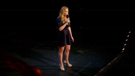 amy schumer new zealand amy schumer live in new zealand 17 december 2016 at