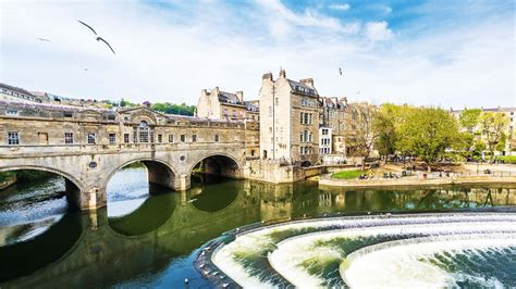 bathtubs uk city guide bath uk escapism magazine