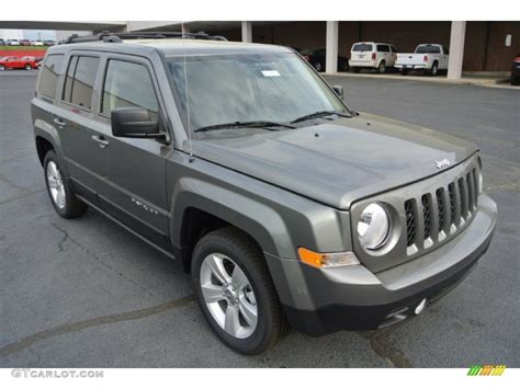 gray jeep patriot 2014 mineral gray metallic jeep patriot latitude 79950234