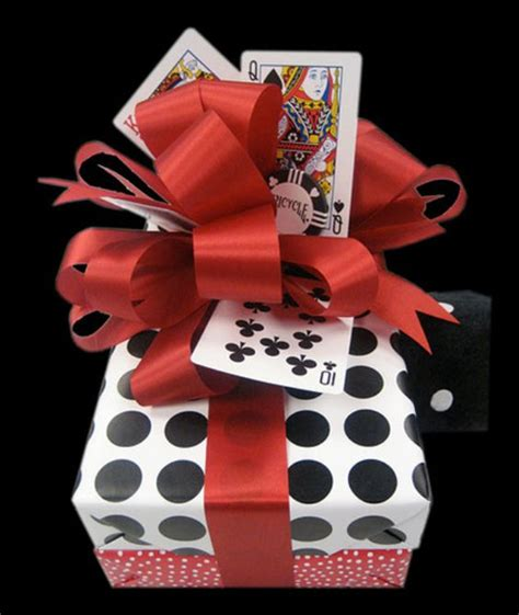 Playing Card Gifts - creative diy projects made with playing cards