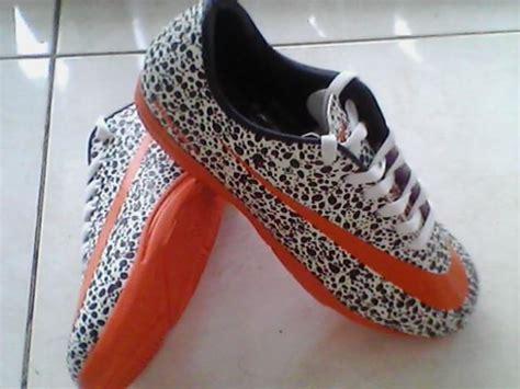 Sepatu Futsal Cikupa sepatu futsal abidsatriawan