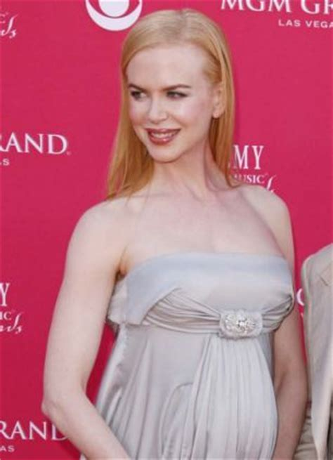 15 fair skinned celebrities that 23 best images about pale skin is in on pinterest