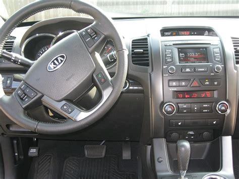 2012 Kia Sorento Interior by 2012 Kia Sorento Pictures Cargurus