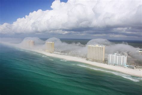 florida cool strange facts have you ever seen a cloud tsunami