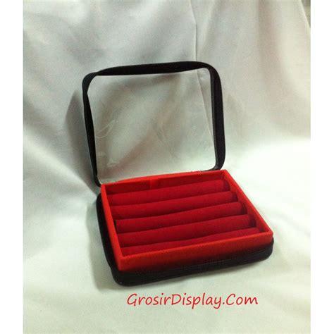 Display Box Tempat Jam Tangan Kotak Display Jam Warna Warni Murah kotak nan 12x16 tempat cincin resleting grosir display