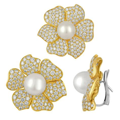 Flowery Earrings pearl gold flower earring and pin set for sale at