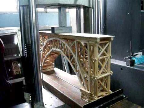 imagenes de puentes hechos de palitos puente ecol concurso de puentes de madera uaq quot puente ganador quot 2009 youtube