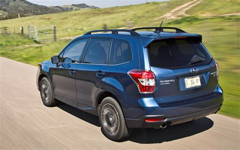 subaru xt engine 2014 subaru forester 2 5i limited xt first test motor trend
