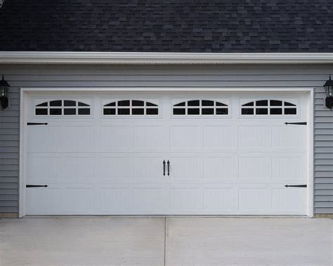 C H I 5283 White Short Panel Carriage House With Cascade Overhead Door Windows