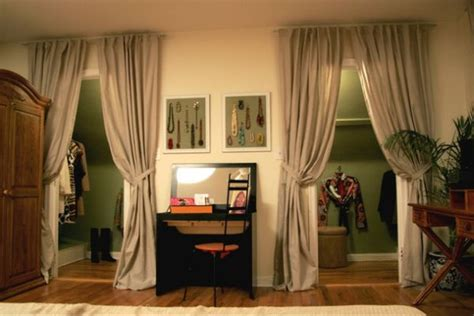 curtain closet door 5 ways to decorate your closet doors