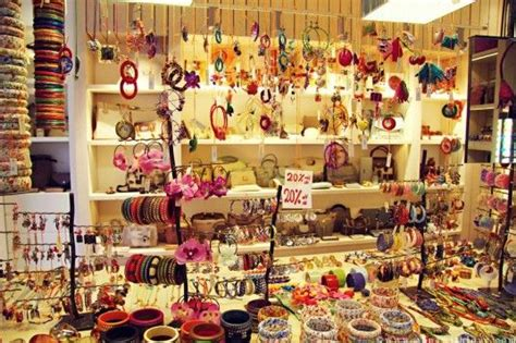 small shop decoration ideas 38 best images about store design ideas on pinterest