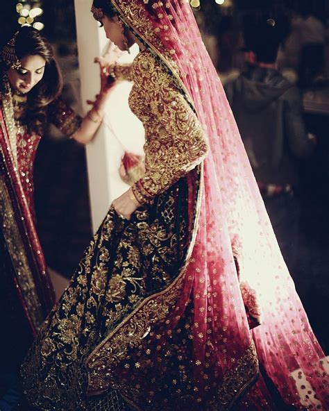 Best Bridal Dresses Color Combination in Pakistan 2019