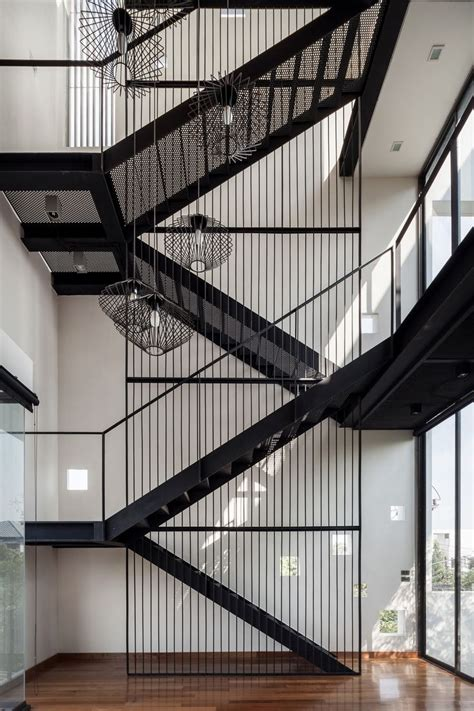 Industrial Stairs Design Best 25 Industrial Stairs Ideas On Staircase Metal Metal Staircase Railing And
