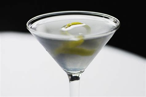 vesper martini bond 10 cocktails from the bond and novels