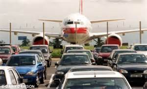 Car Rental Luton Airport Uk Tourist S Car Hired Out By Valet Parking Service At Luton