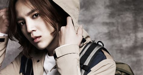 New Kaos Putih Bondan Prakoso by Jang Geun Suk Wallpaper 2012 Lvldoom Lyrics