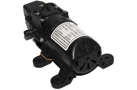 Pompa Penguat Semprotan Air High Pressure Car Washing pompa air elektrik high pressure 12v black jakartanotebook