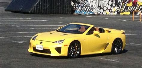 lexus lfa convertible lexus lfa yellow spyder