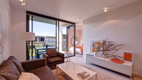 2 bedroom apartments melbourne for sale malvern hill apartment is in the heart of melbourne s