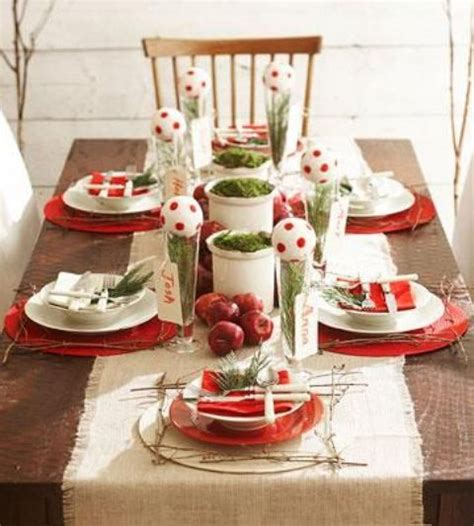 15 holiday place setting ideas how to decorate picture of beautiful christmas wedding table setting ideas