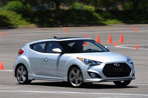 download car manuals 2013 hyundai veloster free book repair manuals 2013 hyundai veloster turbo rear view male models picture