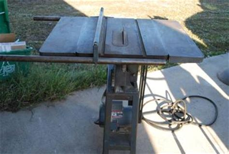Delta Table Saw With Tilting Table Cast Iron Extensions