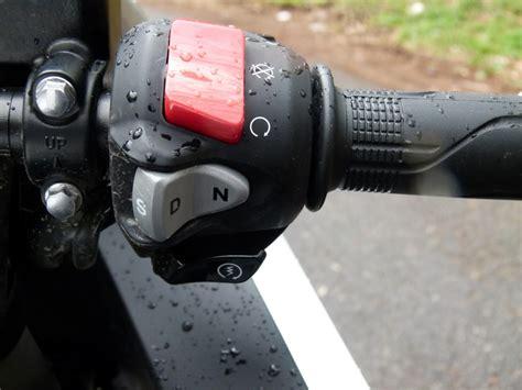 Motorrad Doppelkupplungsgetriebe by Vortrieb Ohne Ende Honda Stattet Motorr 228 Der Mit Dct