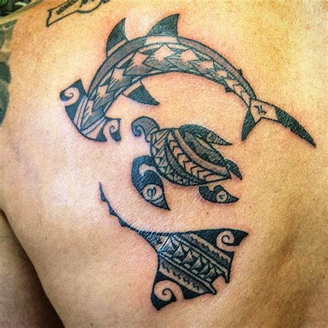 hawaiin tribal tattoo 14 polynesian wave designs polynesien dessin