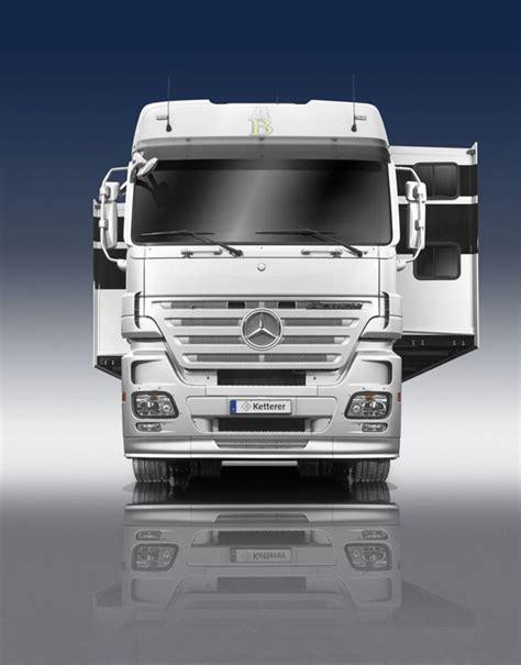 luxury caravans luxury living on wheels 6 stunning rvs that will make you