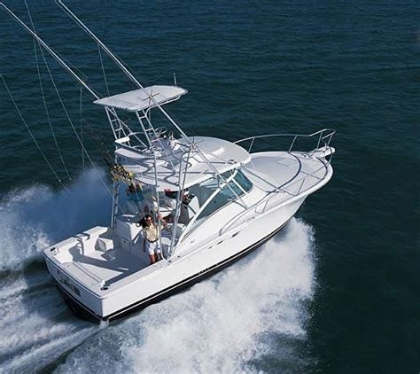 small express fishing boats luhrs 32 open small but serious www yachtworld www
