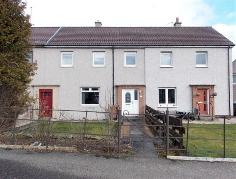 3 bedroom house to rent dundee 3 bedroom terraced house to rent in laird street dundee
