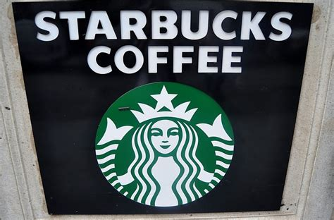 Starbucks Background Check Policy Starbucks Reaches 100 Percent Pay Equity Across Gender And Race Carbonated Tv