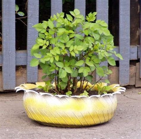 unique outdoor planters 10 creative and unique diy planters to inspire your home