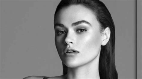 Calvin Klein S Plus Size Model Sparks Controversy - calvin klein s size10 model stirs plus size controversy
