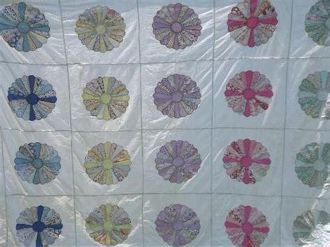 Dresden Patchwork - 30s 40s vintage dresden plate pieced patchwork quilt top