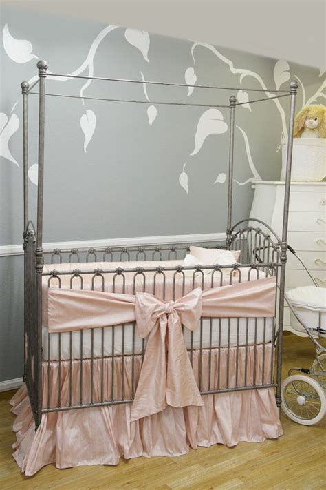 Bassinet Bedding by 25 Best Ideas About Baby Bassinet On Shower Favors Shower And Baby
