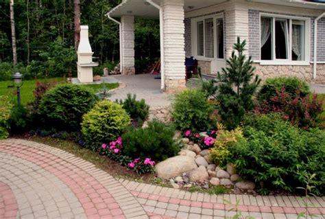 quali piante mettere in giardino giardino rocciosi consigli utili su come realizzarlo e