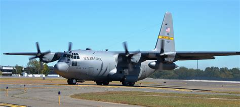 file ct c130 on the r jpg wikimedia commons