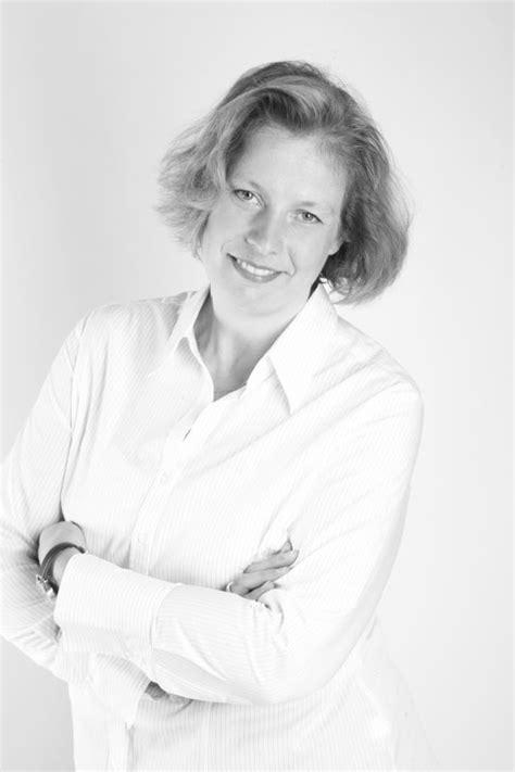 Anne Raffy, directrice commerciale France de Damco