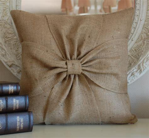 Pillow Ideas by How To Rock Burlap In Home D 233 Cor 27 Ideas Digsdigs